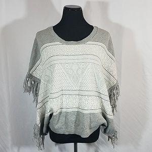 Billabong Gray White Boho Sweater Poncho